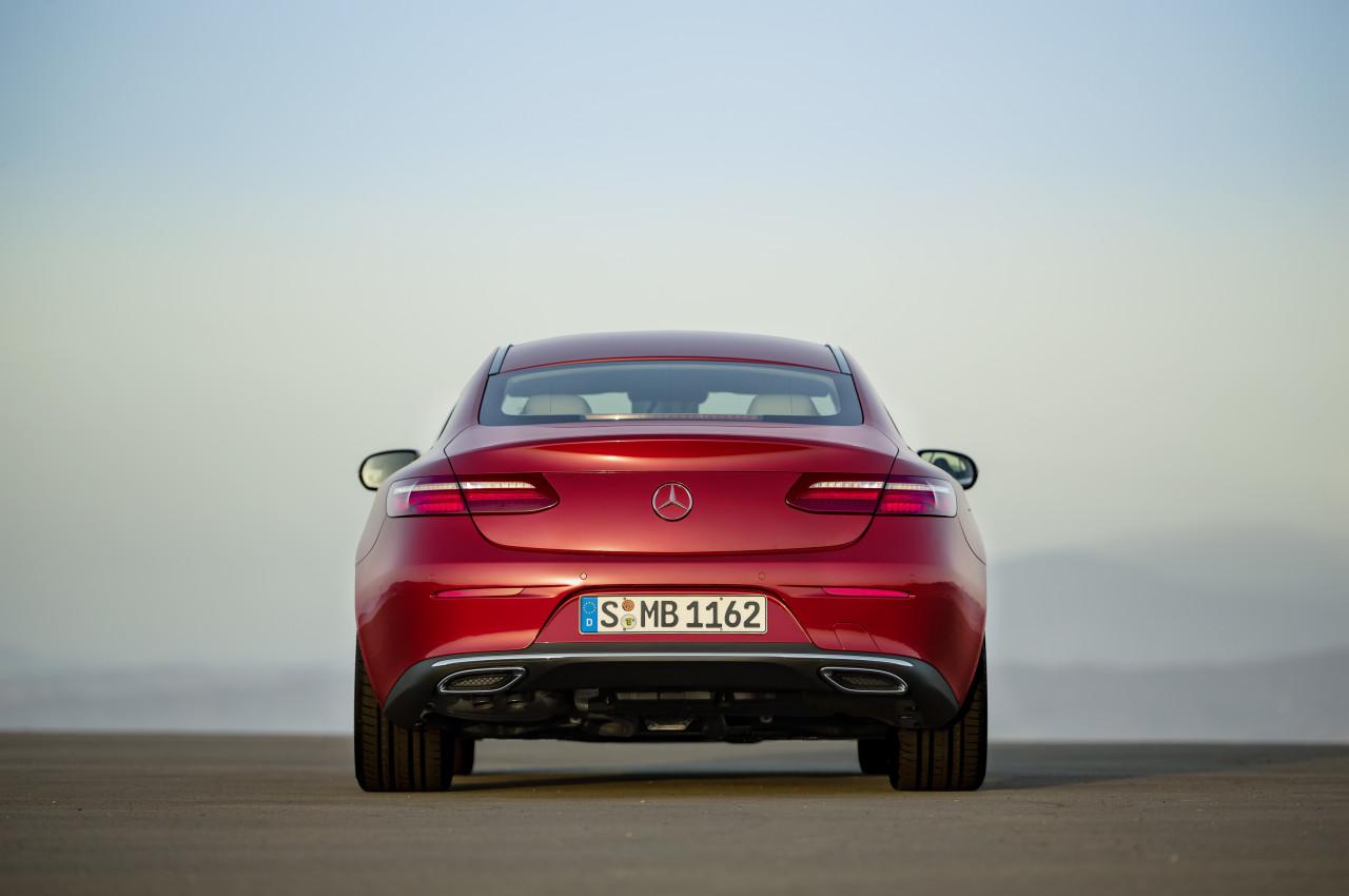 2017-Mercedes-Benz-E-Class-Coupe-7