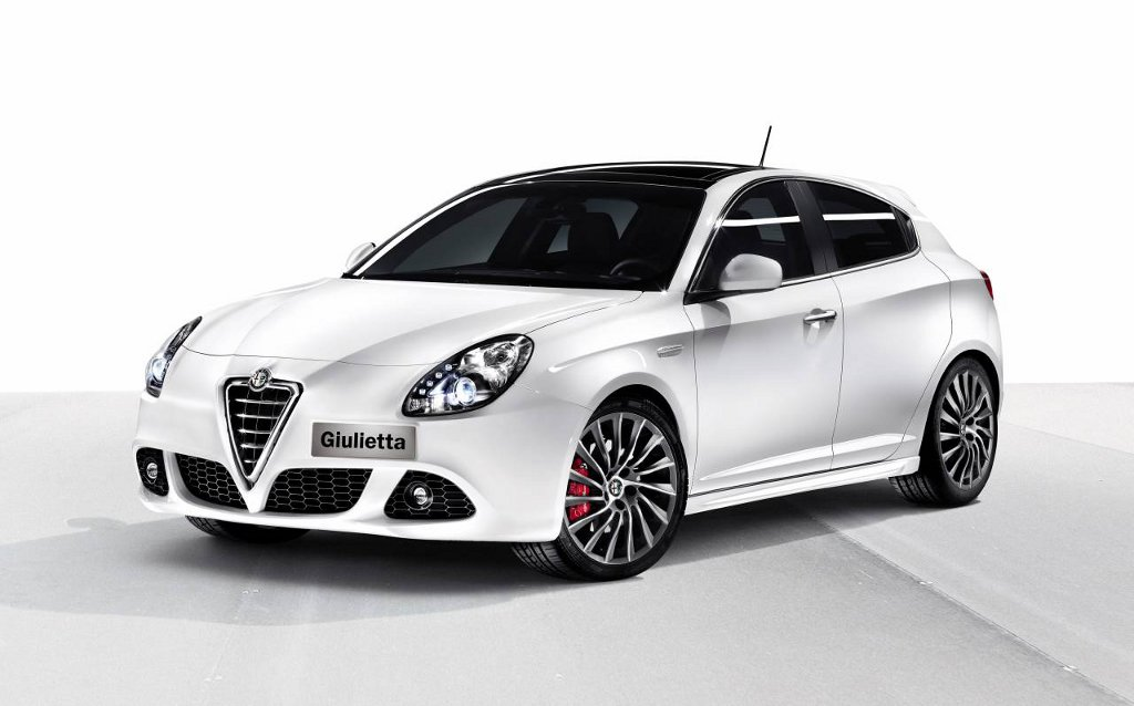 alfa romeo pr sente la giulietta. Black Bedroom Furniture Sets. Home Design Ideas