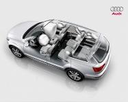 Audi_Q7_2009_09.jpg