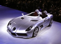 thumbs mercedes mclaren slr stirling moss in detroit Salon de Genève 2009: Présentation de la Mercedes McLaren SLR Stirling Moss